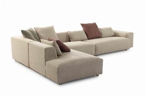 canapé de couleur le canapé design italien en 80 photos pour relooker le salon