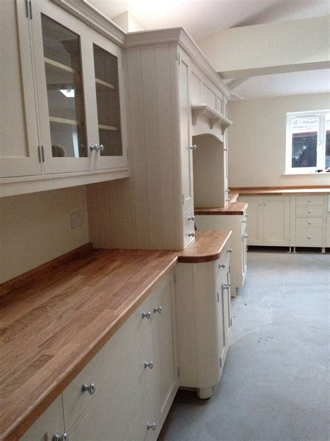 Painting Kitchen Cupboards Farrow And by Farrow And Joa S White Units Dimity Walls Shaker