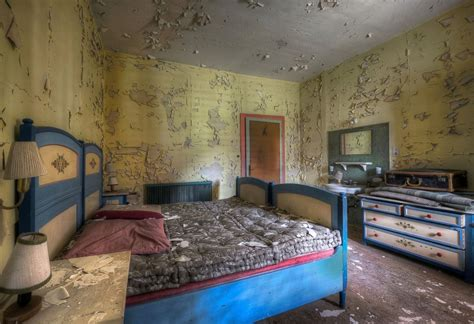 images   abandoned places  give  chills