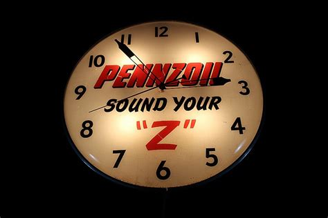 lighted clocks for sale 20 quot dia pennzoil motor oil sound your z lighted clock sign