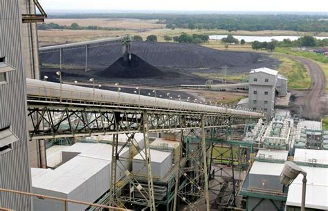 texas coal plant layoffs  closures moving