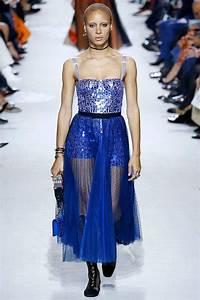 La Mode Est A Vous Printemps Ete 2018 : tendance printemps t 2018 femme zoom sur les d fil s de mode pour la saison ~ Farleysfitness.com Idées de Décoration