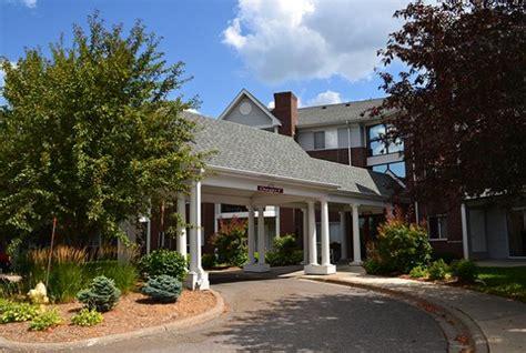 Lexington Apartments & Townhomes