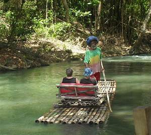 Water-rafting on the Martha Brae, Jamaica | Día Mundial ...