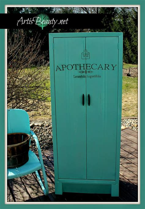 Metal Apothecary Cabinet Ikea by 25 Best Ideas About Painting Metal Cabinets On