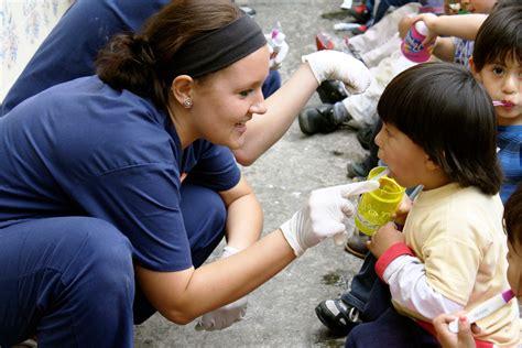 volunteer   ecuador global health program