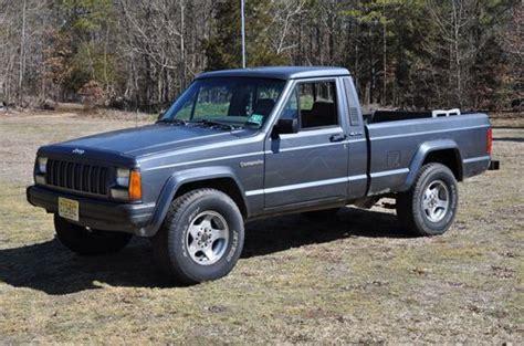 jeep comanche 4x4 find used 1988 jeep comanche pioneer 4x4 auto shortbed in