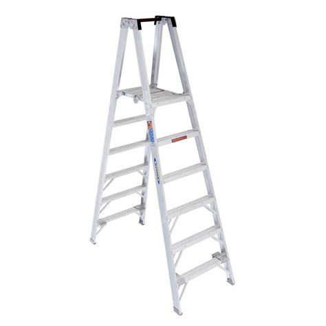 ladder review werner 6 ft aluminum platform step ladder with 300 lb load capacity type ia duty rating pt376