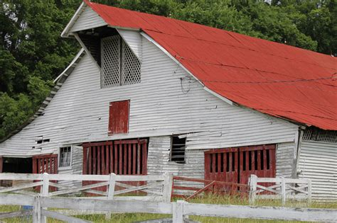 Barns In Franklin, Tennessee