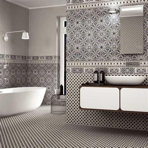 orly black  white patterned tiles   sq