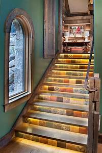 Beläge Für Treppenstufen Innen : led streifen warmwei an den treppenstufen montiert ~ Michelbontemps.com Haus und Dekorationen