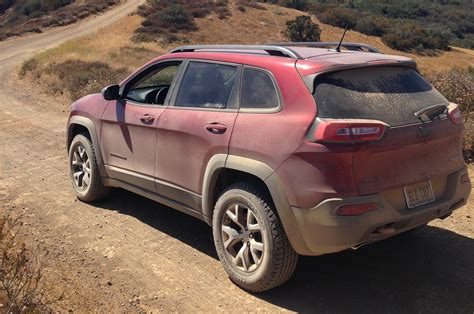 jeep trailhawk 2015 jeep cherokee reviews and rating motor trend