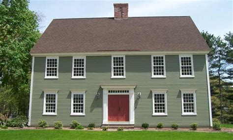 colonial home exterior colors cottage exterior color schemes traditional colonial homes
