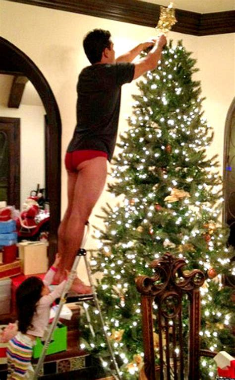 mario lopez underwear christmas awkward display celebrity tree flashes tweeted cheek daughter almost handle too cheeky huffpost wife