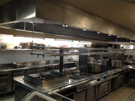 extraction cuisine restaurant installation hotte cuisine professionnelle