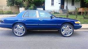 Memphis Whips 2013 Kandy Blue Grand Marquis On 26