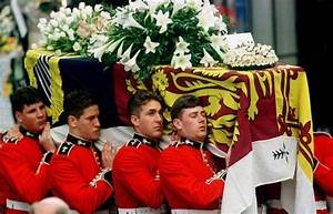 Princess Diana funeral in photos: The day Britain mourned ...