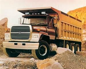 L9000 1988 Ford