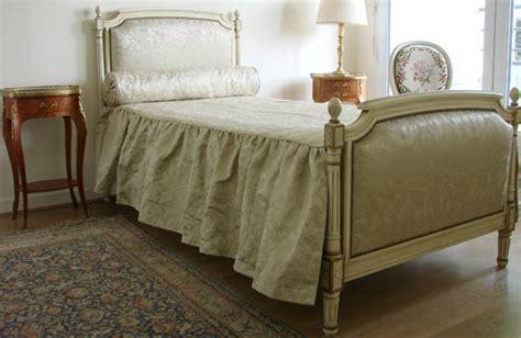 chambre louis xvi lit louis xvi en laque ivoire meubles hummel