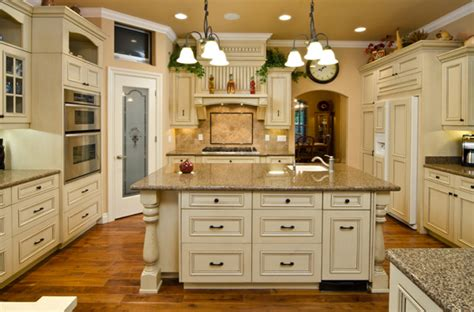 antique white kitchen cabinets best colors for kitchen cabinets 7483