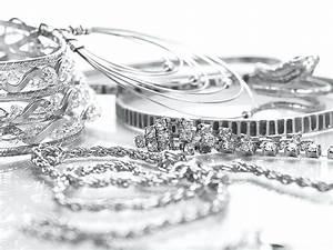 Silber Reinigen Hausmittel : wie kann man silberschmuck reinigen das sind die besten ~ Watch28wear.com Haus und Dekorationen