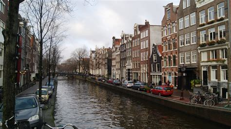 400 years of amsterdam s canals according to ellen