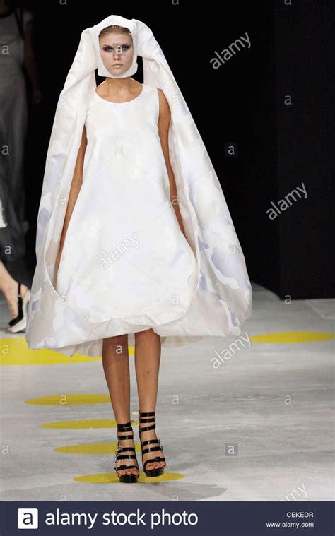 giles deacon london ready  wear spring summer bridalwear