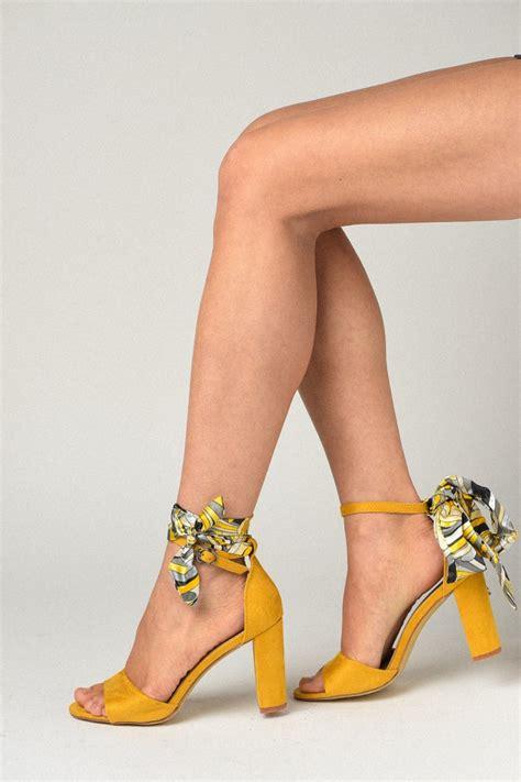Sandale na štiklu LS91365 žute