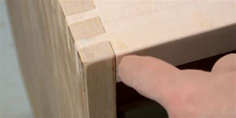 Use wood filler to fill cracks and gaps on woodworking projects prior to staining and finishing. How to Fill Gaps in Woodworking Joints - Easy Ways to Fix Woodworking Gaps