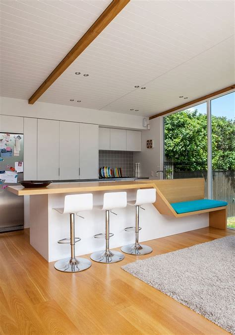 Modern Elegant Living Room by Auckland Bungalow With Modern Glass And Timber Extension