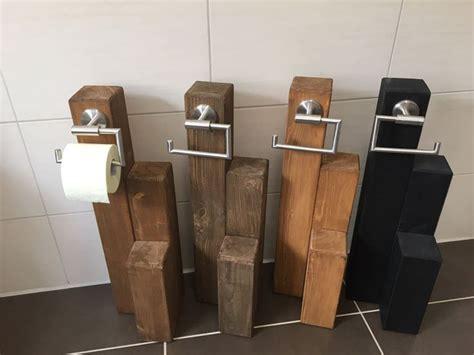 klopapierhalter stehend holz die besten 25 toilettenpapierhalter ideen auf deko bastelprojekte