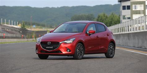 2015 Mazda 2 34 Cool Car Wallpaper