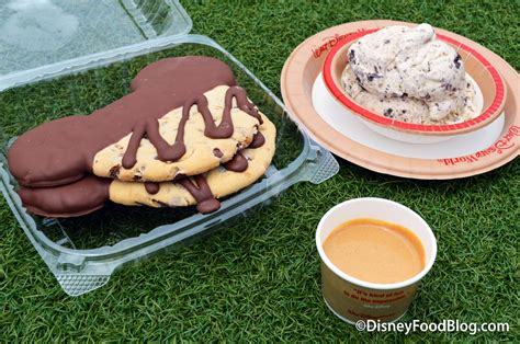 hacker cuisines disney food hack the mickey ear cookie