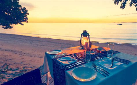 private beach dinner   castaway island fiji