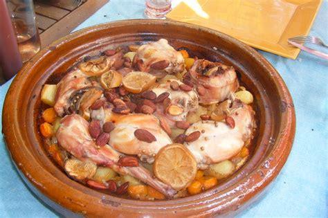 cuisiner un lapin entier recette tajine de lapin au citron à la cocotte minute