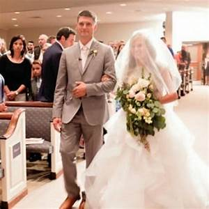 pastor caldwell walking kendra down the aisle counting With kendra caldwell wedding dress