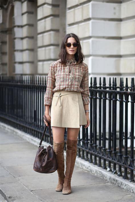 bottes comment les associer  une jupe madame figaro