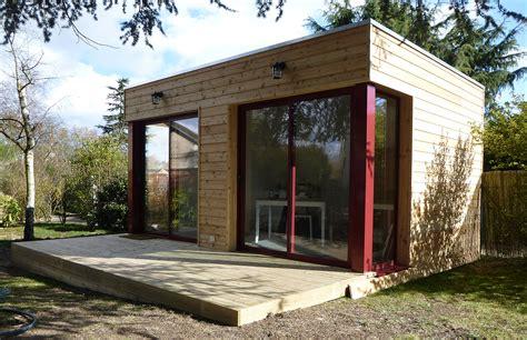 2 studios bois ind 233 pendants 224 poser dans jardin la maison bois par maisons bois