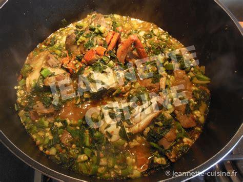 cuisiner crevettes sauce feuilles de patates douces au gombo et huile