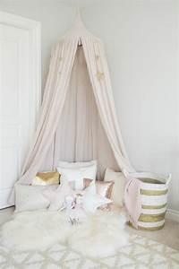 Shabby Chic Accessoires : 35 id es d co shabby chic pour une chambre de fille ~ Markanthonyermac.com Haus und Dekorationen