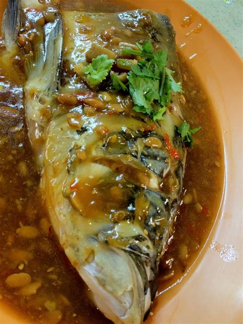 hungry spot steamed fish head  black bean sauce  chinatown