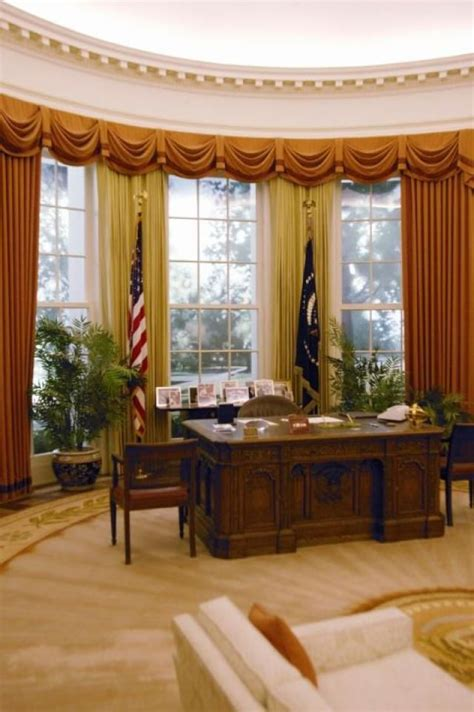 oval office tour 17 best images about white house on clinton n jie the white and ground floor