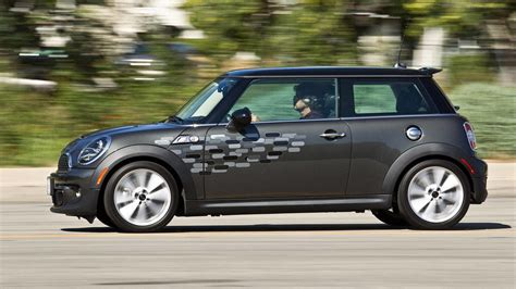 mini volkswagen beetle beetle turbo vs mini cooper s autos weblog