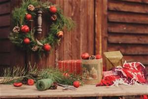 Country Christmas Decorations Stock Photo - Image: 27394464