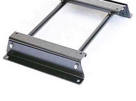 fixation siege baquet fixation spécifique siège baquet omp sparco pièces et