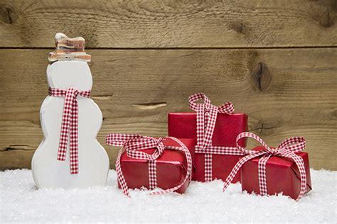 6 Seasonal Christmas Email Marketing Ideas. Porch Window Ideas. Wood Hut Ideas. Creative Home Ideas Kitchen Mat. Basement Makeover Ideas Photos. Shower Entrance Ideas. Costume Ideas Leather Jacket. Diy Valentine's Ideas For Husband. Ideas Para Decorar Jardines