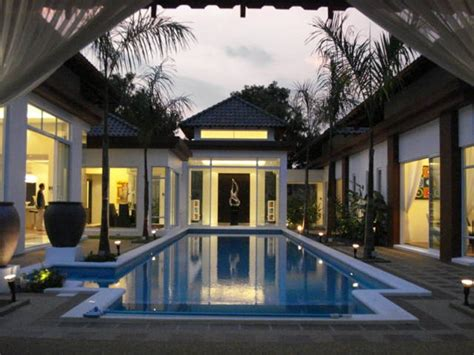 Design Luxury And Elegant Bungalow House Plans At Leisure