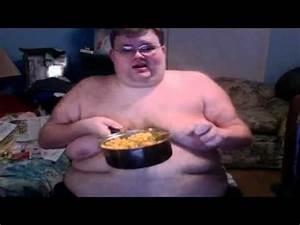 Fat Man Eats A Vat Of Kraft Mac And Cheese - YouTube