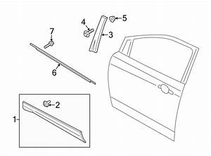 2014 Ford Escape Door Molding  Lower   Body  Left  Front
