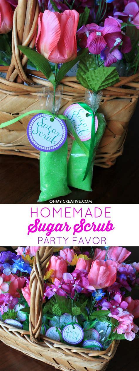 homemade sugar scrub shower favors   creative